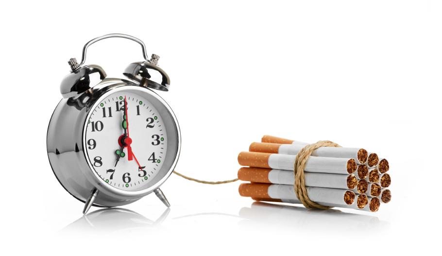 Cigarette time bomb